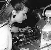 Sharon Ann Holgate preparing a sample for the thermoluminescence machine during her doctorate at the University of Sussex